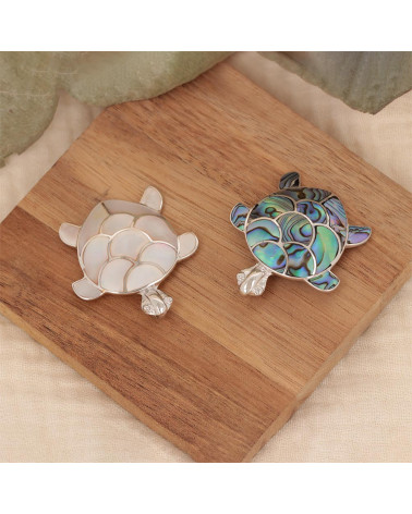 MOSAIC MOTHER OF PEARL TURTLE PENDANT